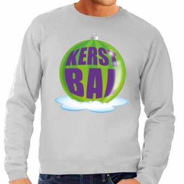 Foute kersttrui kerstbal groen op grijze sweater voor man